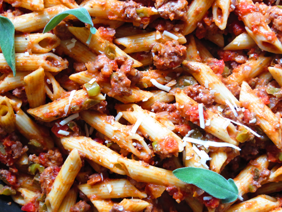 penne & creamy ground turkey tomato sauce | sunsets on the side
