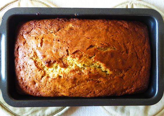 peanut butter banana bread | sunsets on the side